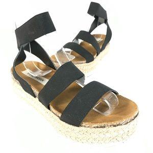 Steve Madden sandals platform